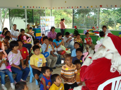 Christmas at the orphanage in Boquete