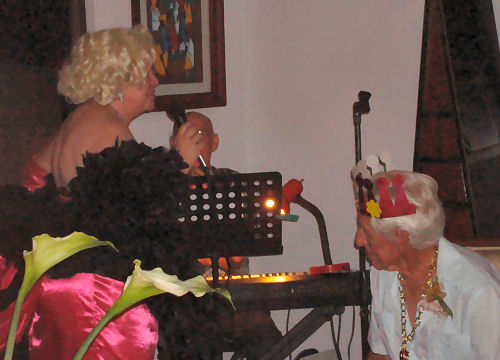 Our own Marilyn singing...Happy Birthday to Garn...Roady on keyboards